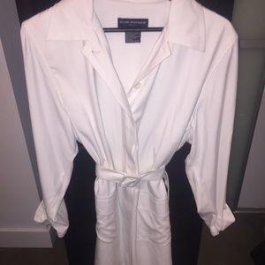 Club Monaco women's white trench coat